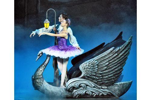 Отчего фея сталазлой? | Фея Сирени (Д. Ельмакова) и принц Дезире (С. Демин) отправляются в