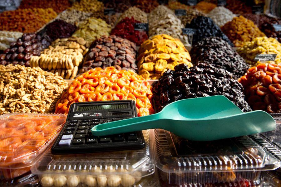 Всесезонный фрукт. Чем полезны абрикосы и курага? | ФОТО Сергея БОБЫЛЕВА/ТАСС