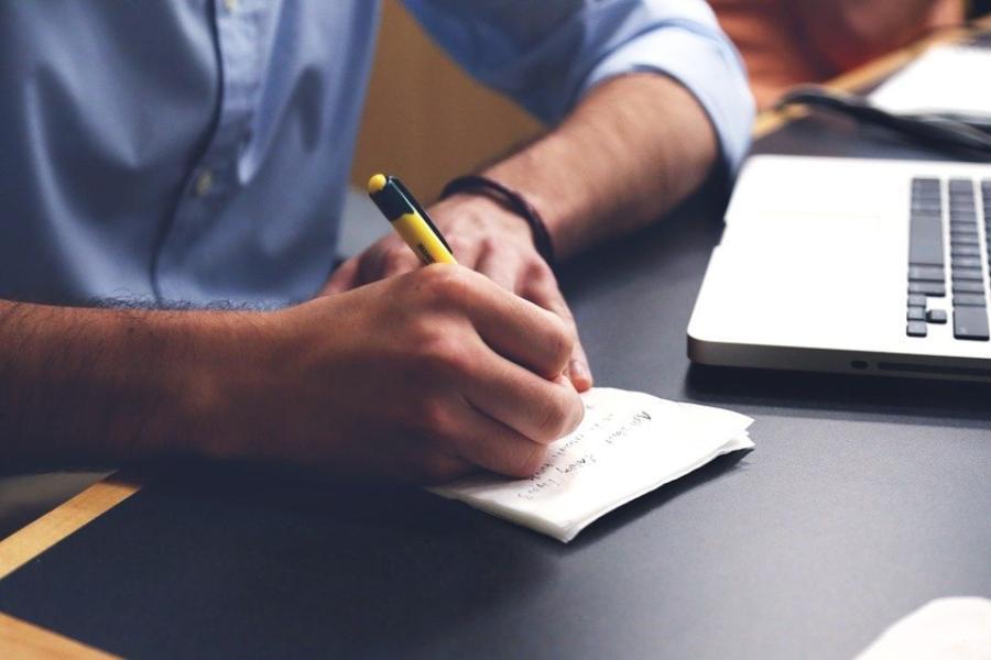 Мода на «синих воротничков». Спрос на специалистов сферы производства растет   ФОТО pixabay